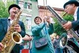 Festival sub stropi de ploaie - Capitala teatrului s-a mutat la Sibiu