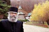 """Pr. VASILE PRESCURE - """"Dumnezeu a binecuvântat România când ni l-a trimis pe Arsenie Boca"""""""