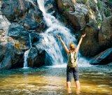 Meditaţia cascadei