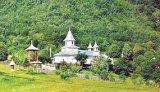 Cum a descoperit liniştea mânăstirii, monahul Caliopi, iconar la Schitul Orlat din Mărginimea Sibiului