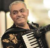 """Un magnific al acordeonului: IONICĂ MINUNE - """"O părticică din Ţara Românească"""""""
