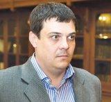 """Conf. Dr. DRAGOŞ HURU - """"Anul 2014 va fi, în mare, la fel ca 2013! Nu avem în momentul de faţă niciun proiect care să însemne că economia va fi orientată într-o anume dire"""