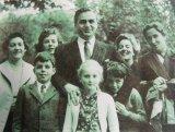 Mari familii româneşti - Nicolae RAŢIU: Am crescut înconjurat de România de când mă ştiu