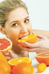 Fructele galbene şi portocalii