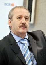 """Prof. dr. VASILE DÂNCU - """"Alegerile au fost câştigate de românii din ţară, nu de cei din diaspora"""""""
