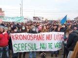 """Locuitorii din Sebeş-Alba nu vor să moară otrăviţi - """"Sebeşeni, ieşiţi afară, poluarea ne omoară!"""""""