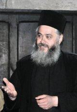 """Părintele IOSIF CHIRIAC - stareţul Mânăstirii Tazlău - """"Credinţa face parte din identitatea noastră, a românilor"""""""