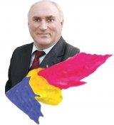 """Omul care aduce steagul - GEORGE ROTARU: """"Suntem singura ţară fostă comunistă care nu are o stemă pe steag"""""""