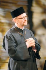 OVIDIU CUNCEA - actor şi diacon ortodox -