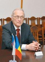 """E. S. JAROMIR KVAPIL - """"Diferenţa uriaşă dintre oamenii săraci şi chiar foarte săraci şi cei bogaţi şi foarte bogaţi este foarte vizibilă în Moldova"""""""