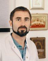 """Dr. VASILE OŞEAN - """"Fără recuperare, hernia de disc este o boală care recidivează"""""""