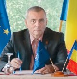 """EUGEN POPESCU - """"Trei sute de mii de români nu sunt recunoscuţi ca minoritate în Serbia"""""""