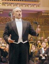 """JOSÉ CARRERAS - """"Sunt încântat să cânt pentru minunatul public român"""""""