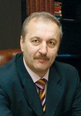 """Prof. Dr. VASILE DÂNCU - """"Ştiu că într-un an nu se poate schimba România, dar cred că orice lucru trebuie să aibă un început"""""""