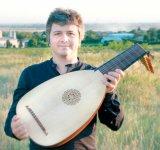 Muzica în palatele României