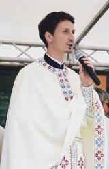 """Pr. FLAVIU GABRIEL FLEŞER - """"Biserica are nevoie de tineri, şi tinerii de biserică!"""""""