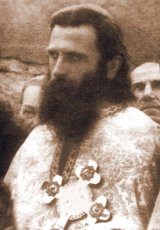 Pe urmele Părintelui Arsenie Boca - Întâlnire în temniţă