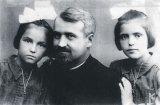 Părintele DUMITRU STĂNILOAE, în evocări de familie