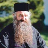 Un izvor de lumină în Bucureşti - Părintele CIPRIAN de la Sihăstria