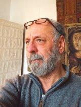 """VALENTIN SCĂRLĂTESCU - Restaurator şi pictor româno-francez - """"Nu mă simt acasă nici aici, nici în Franţa. Adevărata mea casă este în pădure"""""""