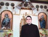 Preotul şi clopotarul