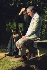 Prinţul Charles şi părintele Dionisie