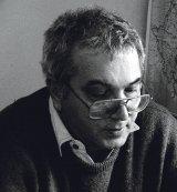 """DUMITRU CHIOARU - Poet, profesor, editor al revistei """"Euphorion"""" din Sibiu - """"Încă mai cred că poezia va salva lumea"""""""