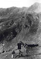 Povestea unui munte - POSTĂVARUL