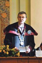 IOAN-AUREL POP - Preşedintele nou ales al Academiei Române: