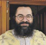"""Formula AS în Munţii Ciucaş:  Părintele CLAUDIU LIHOR - """"Casa preotului are pereţi de sticlă"""""""
