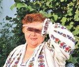 """ANGELA LUDOŞANU - pictoriţă de icoane şi cusătoreasă de cămăşi româneşti: """"Ţăranul făcea totul cu Dumnezeu lângă el"""""""
