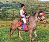 Despre bucuria de a trăi româneşte: Hora de la Glod