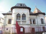 Târgu-Jiu: Case, Oameni, Destine