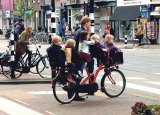 Cum vom circula în viitor? Maşini zburătoare sau bătrânele biciclete?