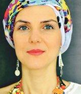"""CHRIS SIMION-MERCURIAN - """"Cancerul mi-a amintit să trăiesc în prezent. Veşnicia e acum"""""""