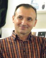 """Un timişorean născut în Oltenia - ROBERT ŞERBAN: """"Poezia te poate salva de la moarte"""""""