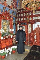 Părintele ATANASIE ALBONI de la Mânăstirea Brebu: