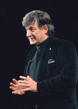Despre politică şi teatru cu ION CARAMITRU -