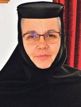 """Maica THEODORA VIDESCU - """"M-am călugărit după ce am cunoscut frumuseţea monahismului ca jurnalist"""""""