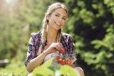Trei fructe care ar trebui vândute în farmacii - CĂPŞUNILE, ZMEURA şi FRAGII