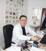 """Minunata poveste a unui medic de ţară - Dr. ADRIAN NICOLAE POPESCU: """"Să folosim mai des dreptul de-a face bine"""""""