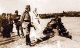 """O lecţie de istorie - """"Soldaţi români, vă ordon, treceţi Tisa!"""""""