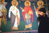 Formula AS pe Argeş în sus: Părintele pictor Ilie şi nemaivăzutele lui zugrăveli