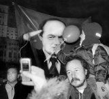 Victoria lui Basescu, hotarata de tineri