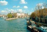 Urme romanesti la Paris
