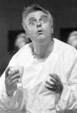 Teatru - Un nou succes la Nationalul bucurestean