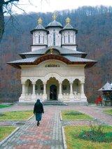 Lainici - manastirea rastignita de trei ori
