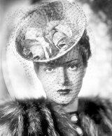 O regina in iarna: DINA COCEA