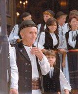 Serbarea costumului popular in Gura Raului - Sibiu