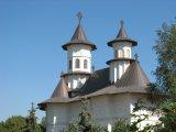 Parintele Petru Buburuz parohul bisericii